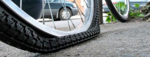 Pinchazo en bicicleta